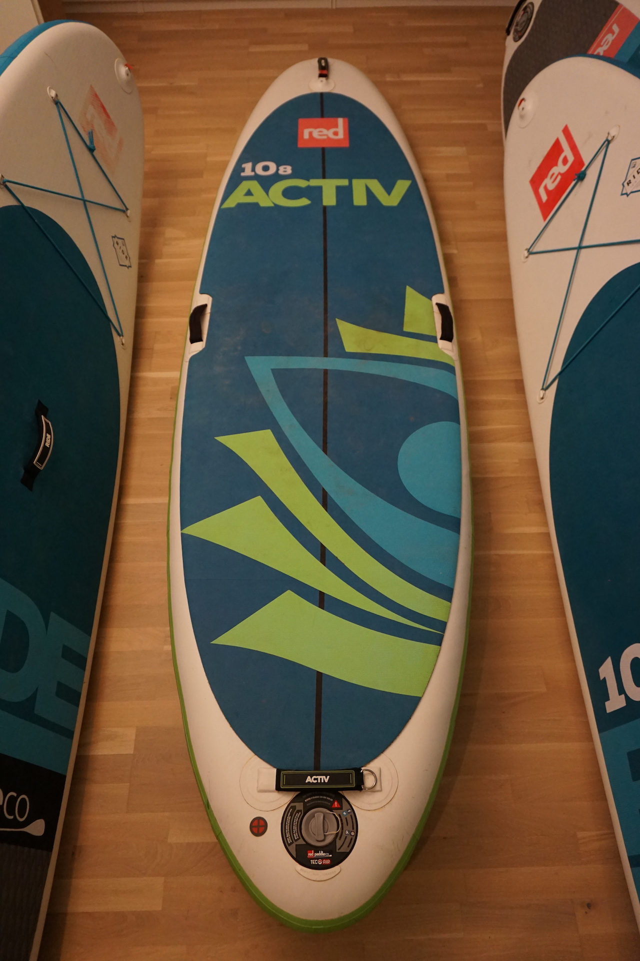 "Red 10'8"" Activ"