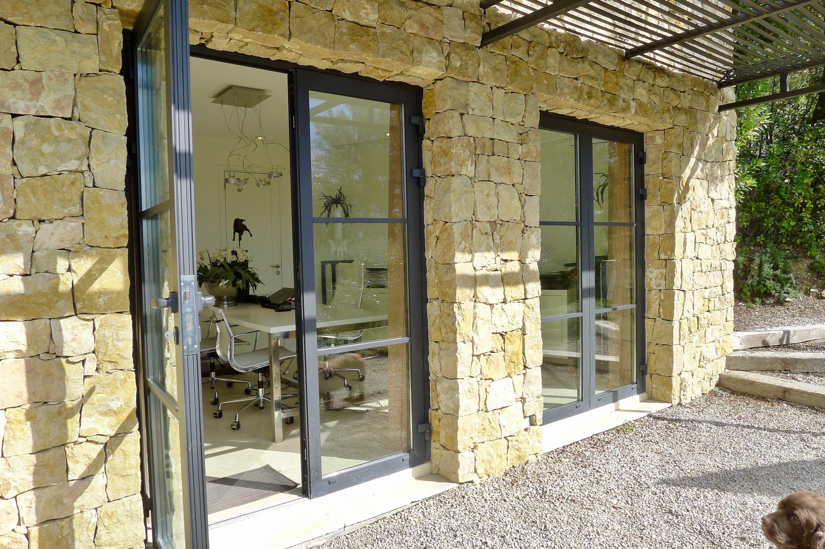 Villa Montauroux_UG_Tusculum- Consulting_Buerojpg