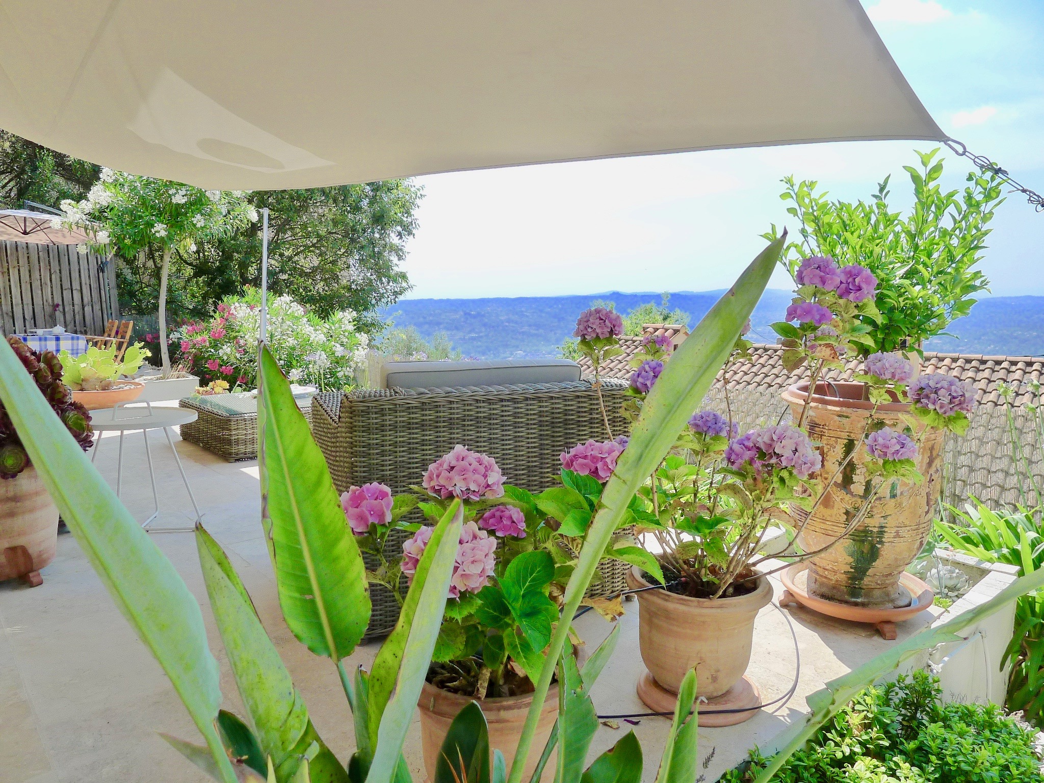 Penthouse_Grasse_view_Tusculum-consultingJPGjpg