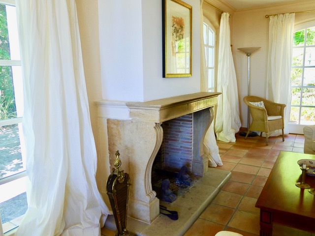 Villa Provence_Kaminjpeg
